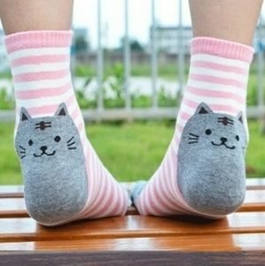 Accessories - Kitty socks-multiple colors available